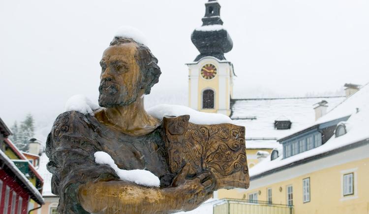 Gustav Klimt auch im Winter pr\u00e4sent. (© Erich Unteregelsbacher)