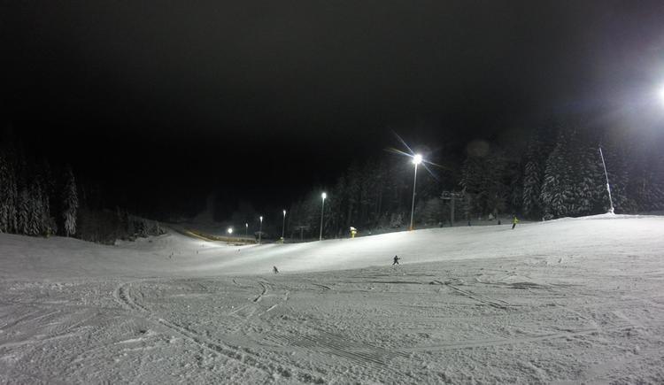 Nachtskilauf am Hochficht (© Privat)