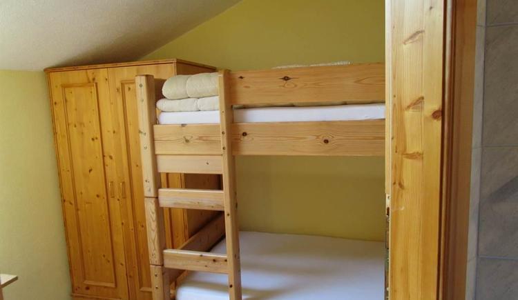 Kinderzimmer mit Stockbetten (© Urbanhof)