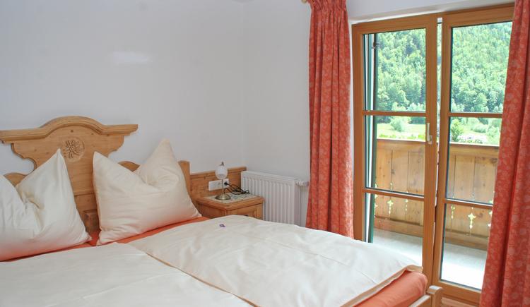 Schlafzimmer Wohnung Bleckwand