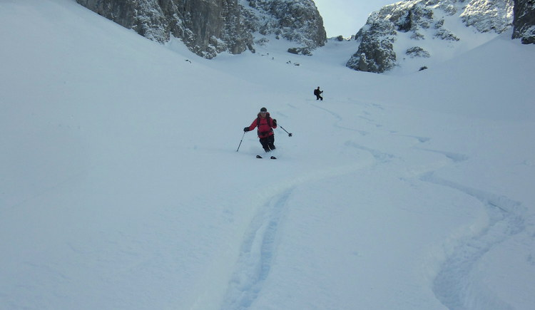 bezwingen Sie die Höhenmeter mit den Skiern. (© Bleisch)