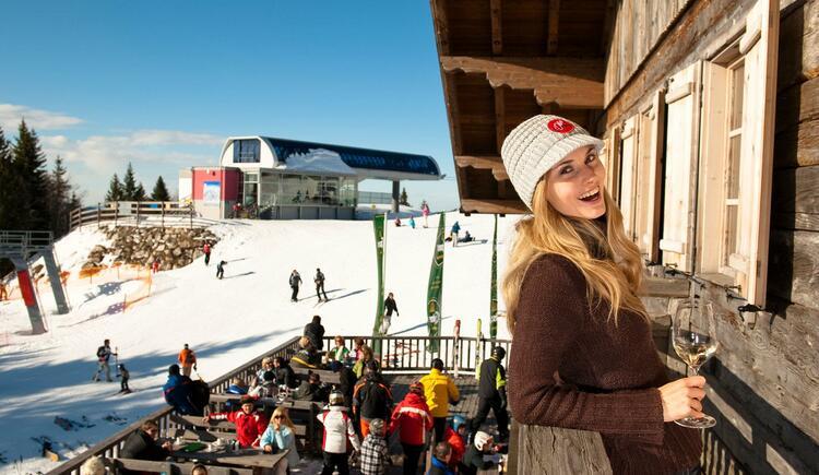 Sonnalm am Kasberg mit Sonnenterrasse (© ©OÖ Tourismus GmbH, Foto Erber)
