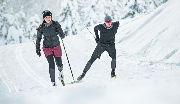 Langlaufen_Skiletics_Paar_Winter_Loipe (© ©Fischer Sports GmbH / TVB Windischgarsten)