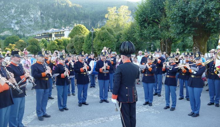 Konzert an der Seepromenade in St. Gilgen (© WTG)