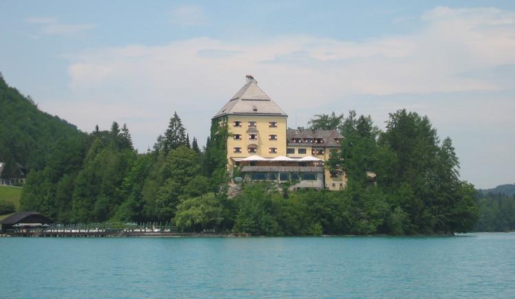 Hof bei Salzburg,  Schloss Fuschl. (© TVB)