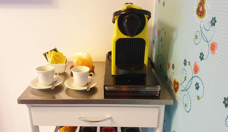 FeWo 1 - Nespresso Kaffeemaschine (© Landhaus Osborne)