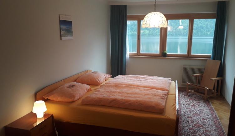 Gemütliches Doppelzimmer in der Ferienwohnung Bergkristall in der Ferienregion Dachstein Salzkammergut.