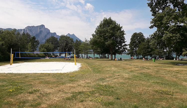 Liegewiese, Volleyballplatz