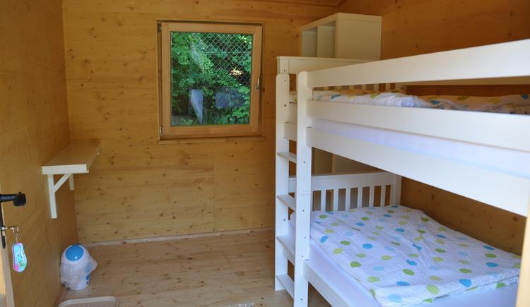 2-Bett-Zimmer im Schlafhaus. (© Marktgemeinde)