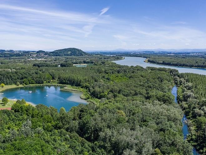 Badesee Luftaufnahme (© Stadtgemeinde Steyregg)