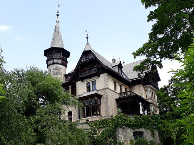 Villa Paulick, Seewalchen am Attersee (© TVB Attersee-Attergau/Johanna Kiebler)
