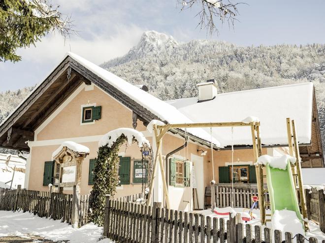 Waldhofalm im Winter (© Ebners Waldhof GmbH)