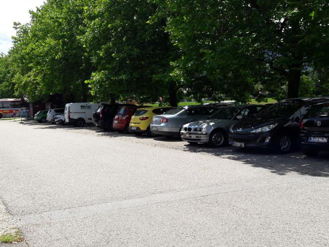 Parkplatz Mitte (© Tourismusverband MondSeeLand)