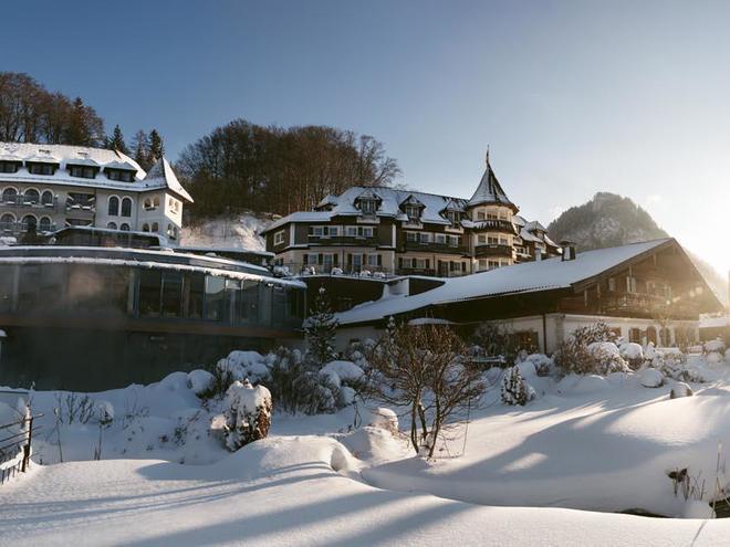 wa_170110_winter_hotel_alm_0195_panorama_lr Aussen