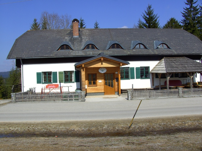 "Restaurant on ""Viehberg"" / ski-lift"