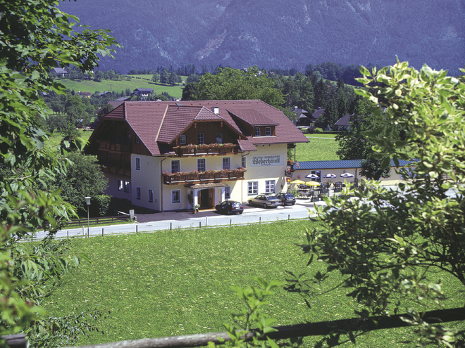 "The ""Weberhäusl"" Inn"