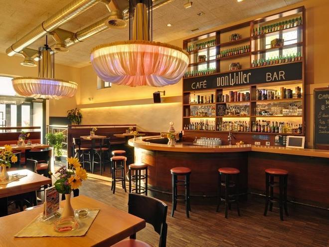 restaurant café bar  Vonwiller