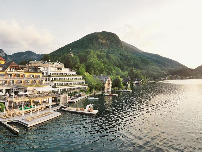 Gourmet restaurant 'Bootshaus' in the 'Seehotel Das Traunsee'