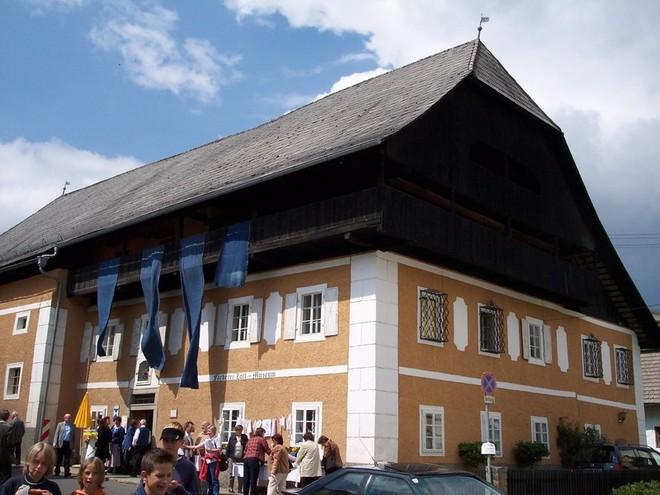 Führung im Färbermuseum