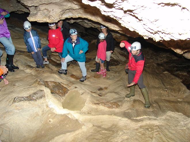 Natur entdecken - Durch Höhlen zu verborgenen Wassern