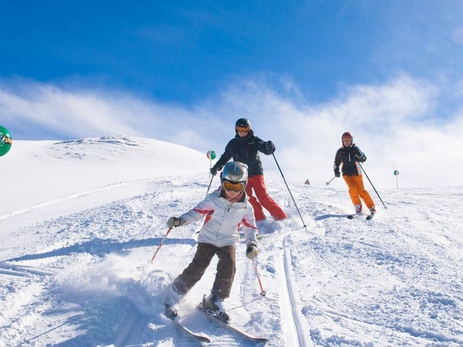 Familien-Skiwoche inkl. 6-Tages-Skipass