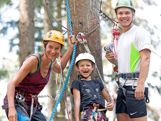 GLEINKERSEE Forest High Ropes Course