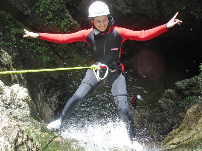 Canyoning - Schluchtingtouren OUTDOORCAMP NATURE SPORTS