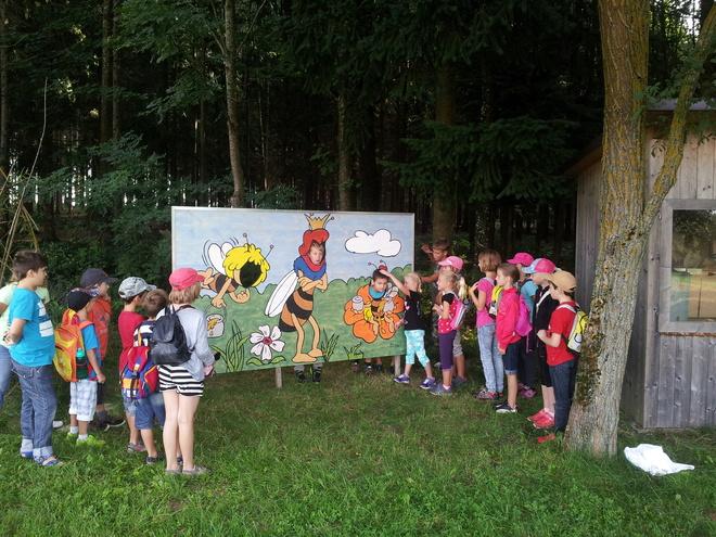 Bienenerlebnisweg am Kirschblütenweg