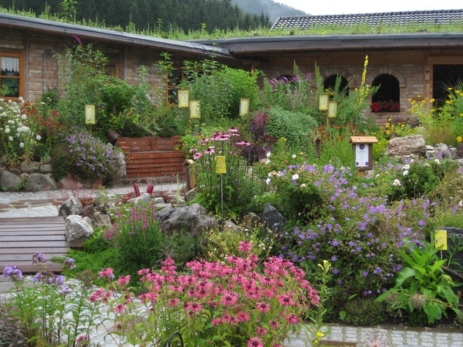 Herb garden at the Oberhinteregg adventure farm