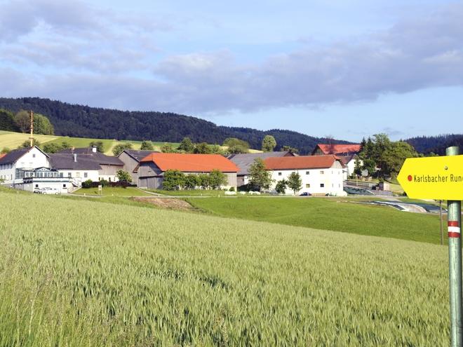 Karlsbacher Rundweg