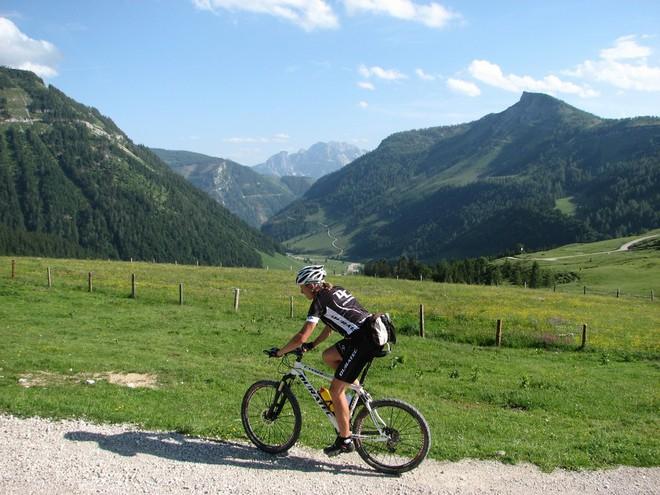 Radweg auf die Genneralm (© FTG)