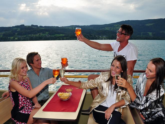 Partyschiff ab Attersee um 21:50 Uhr
