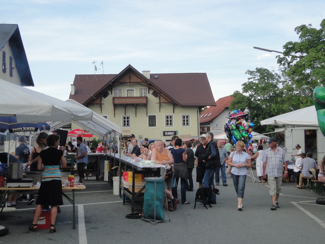 Dorffest und UNESCO-Welterbefest der Pfahlbauten in Attersee