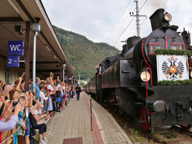 Kaiserzug - Nostalgiedampfzug