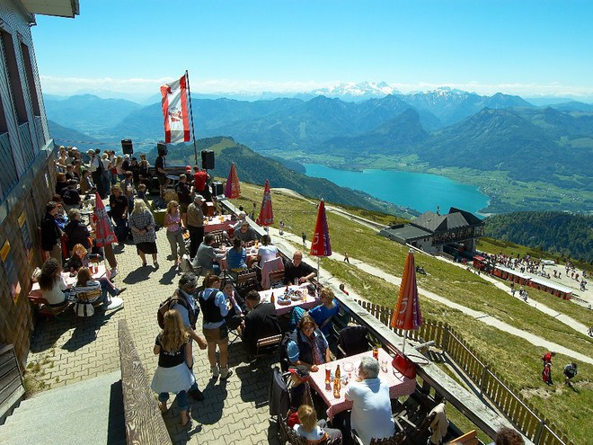 Brunch and Beer on Mountain Schafberg