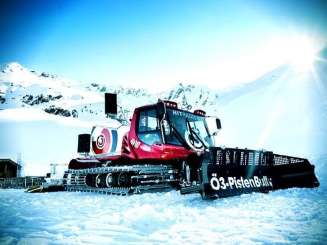 Ö3-PistenBully in der Skiregion Dachstein West