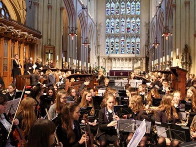 Gastkonzert 'Hayesfield Girls' School and Beechen Cliff Orchestra and Choir'