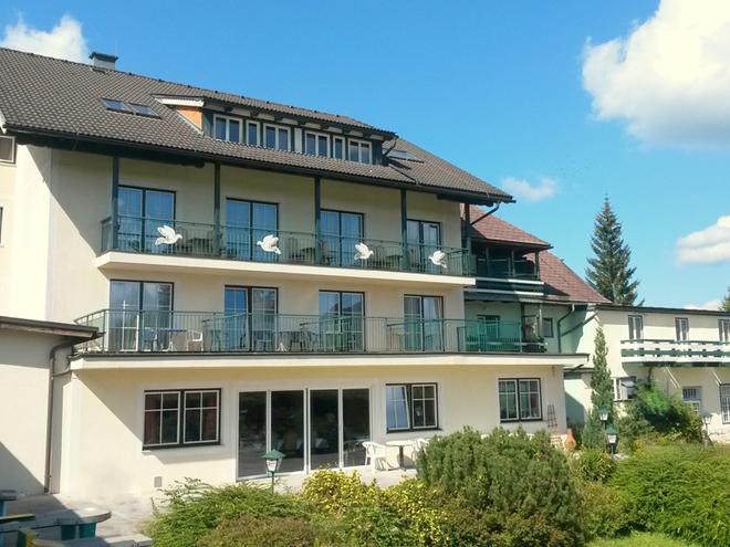 Seegasthof und Segelschule Weisse Taube