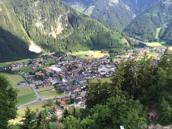 Gemütliche Ortsrunde durch Mayrhofen