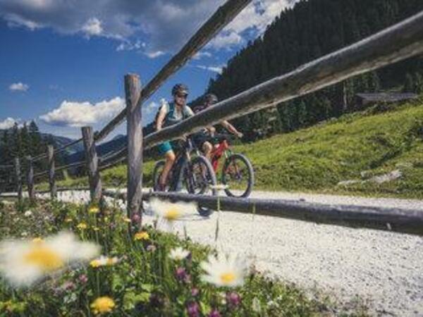 Arena Teenies - Mountainbiketour/Klettern am Turm