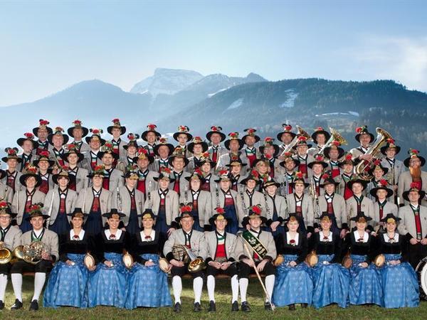 Platzkonzert der Bundesmusikkapelle Zell am Ziller