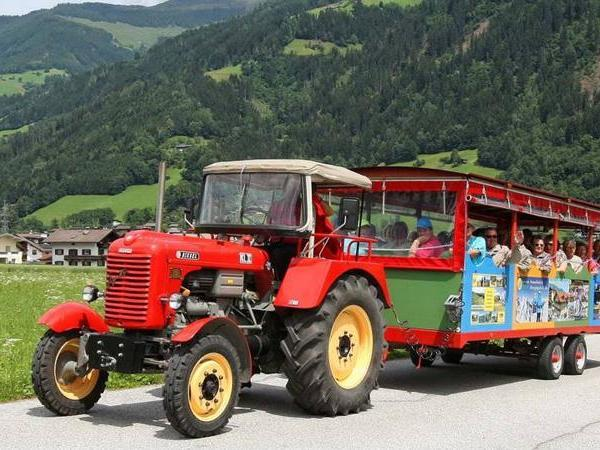 Oldtimer tractor itinerary