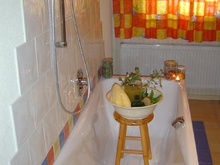 Relaxing bath with special essences at the Bambichlhof in Fuschl am See