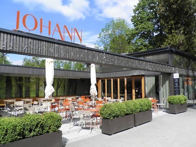 Café Bar Johann