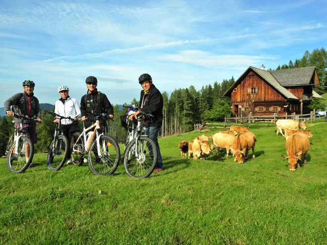 E-Biken durch den Nationalpark Kalkalpen (© TV Nationalpark Region Ennstal)