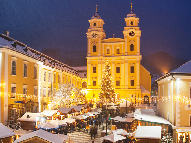 Adventmarkt in Mondsee