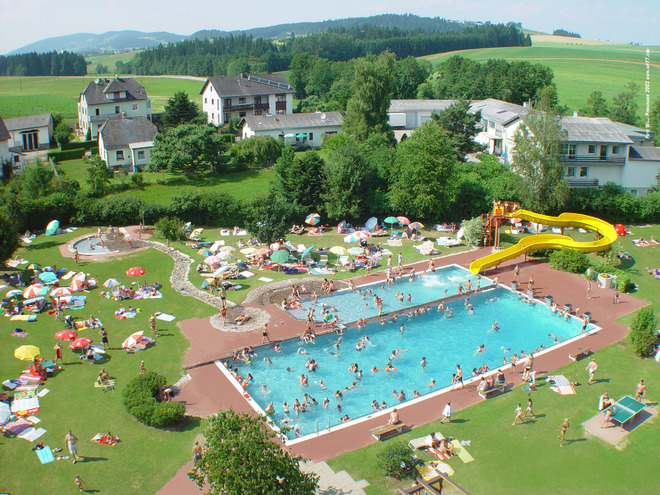 Lembach Outdoor Swimming Pool