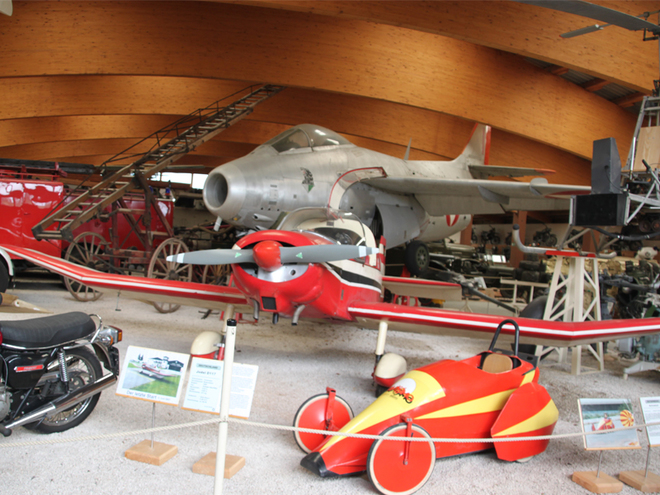 Museum Fahrzeug - Technik - Luftfahrt