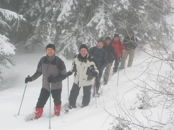 Guided snowshoe hikes with Nature Sports