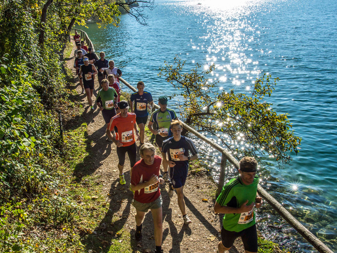 Run around Wolfgangsee - a dream in bluegreen (© Wolfgangseelauf / Horst von Bohlen)